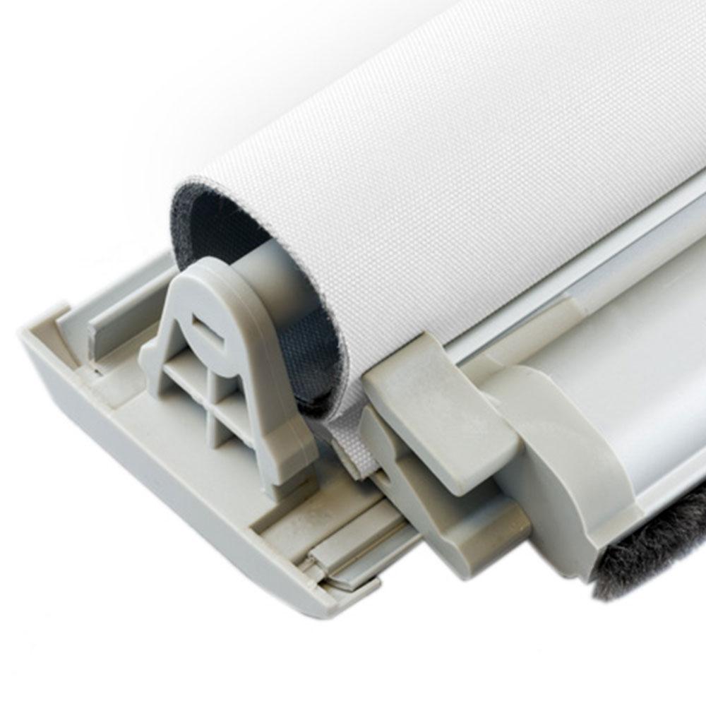 Materiał rolety dachowej