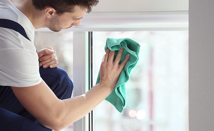 Jak czyścic rolety okienne