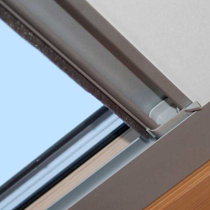 Roleta do okien dachowych Fakro, Zaciemniająca