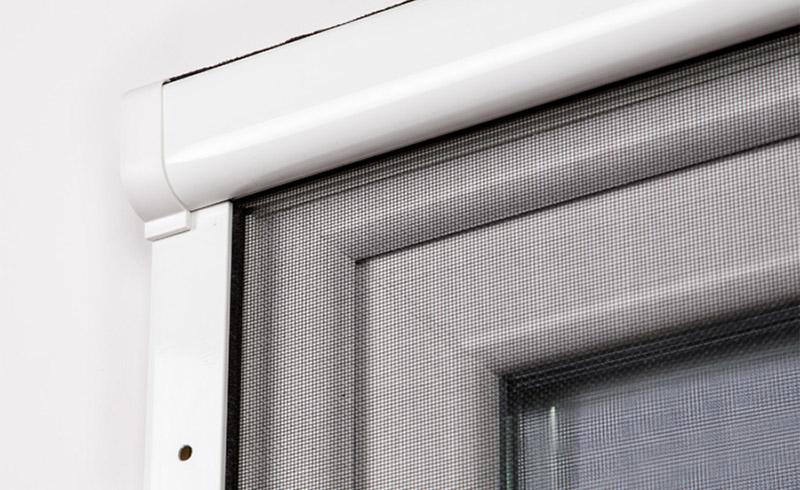 Gotowa moskitiera rolowana na okna