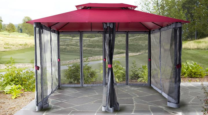 Pawilon ze ścinami moskitiery